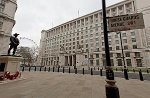 Image for Defence Secretary Announces £48 Million Apache Training Contract